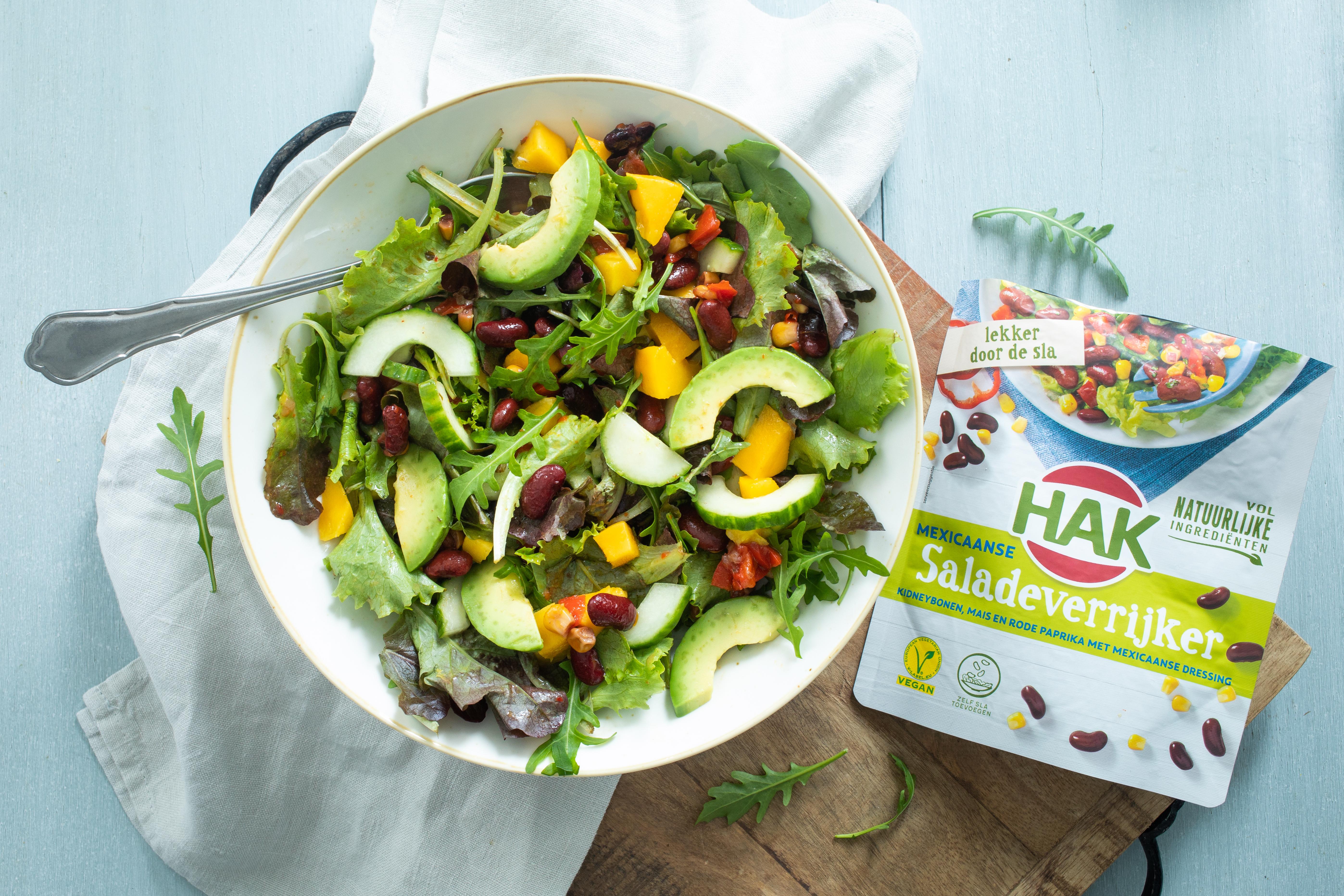 HAK Mexicaanse saladeverrijker Mexicaanse salade met mango en avocado 1 met product