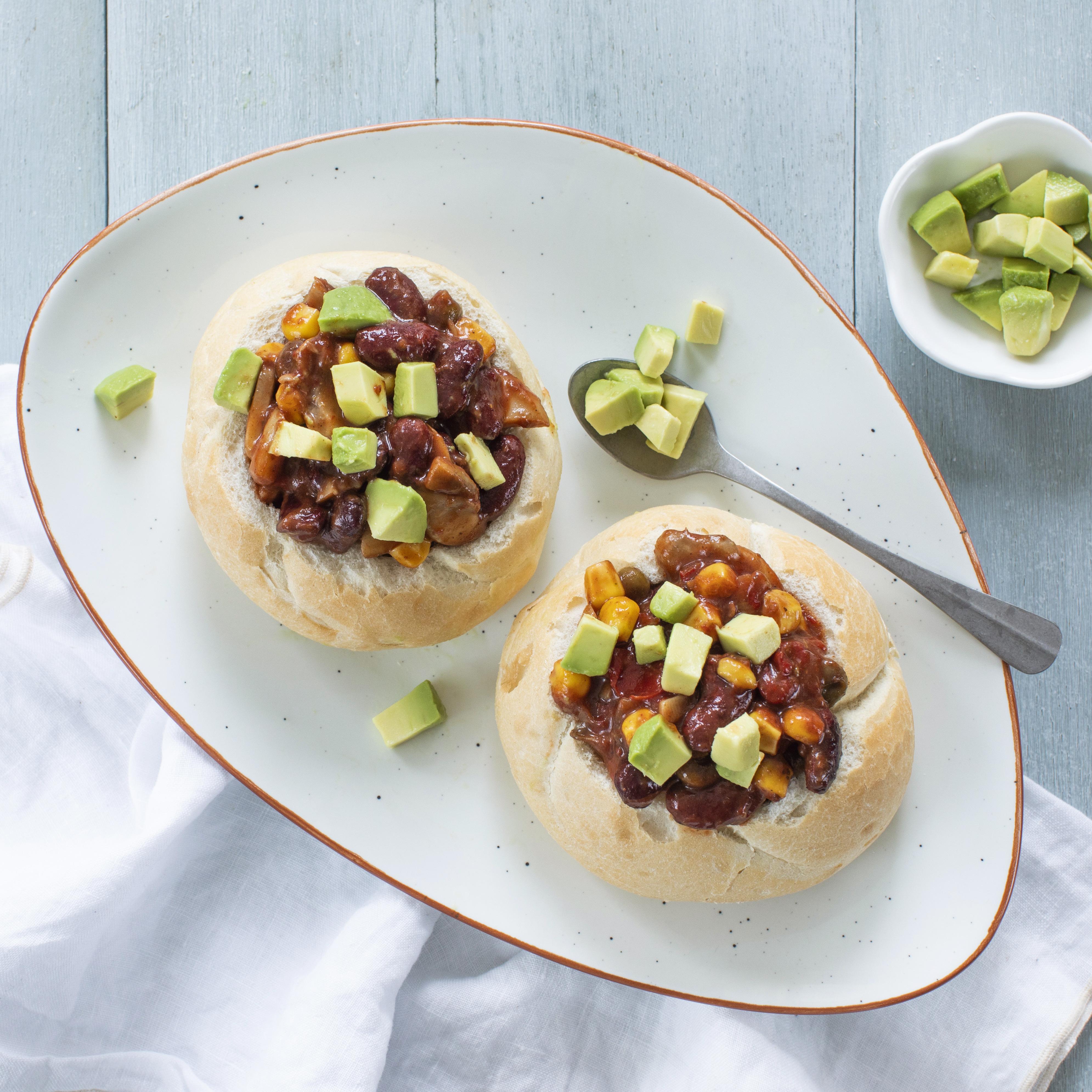 HAK 1 portie kidneybonen chili schotel Gevulde broodjes met chilischotel en mais 3 zonder product