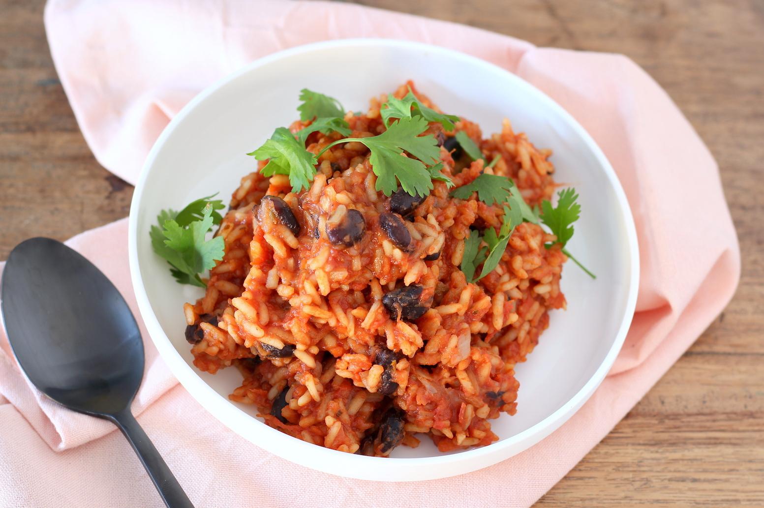 De Lekkerste Spaanse Rijst Met Tomaat En Zwarte Bonen 1
